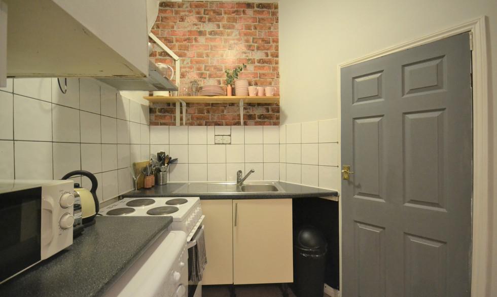 Shared Kitchen & Lounge
