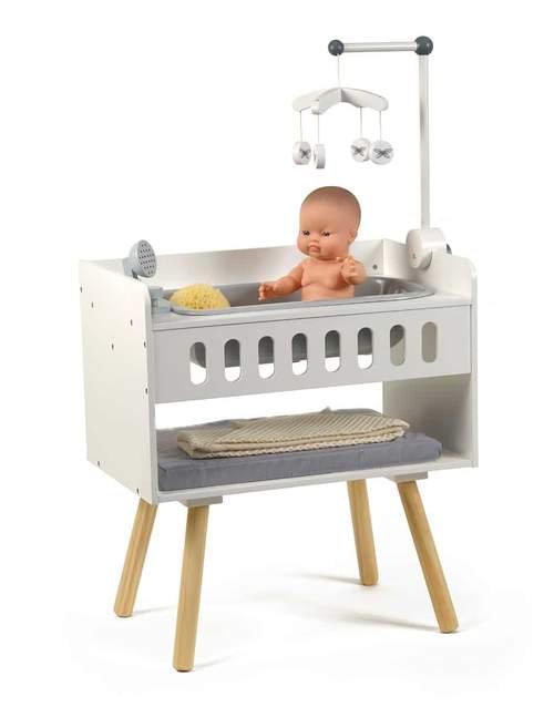 By Astrup- verzorgingstafel en badje