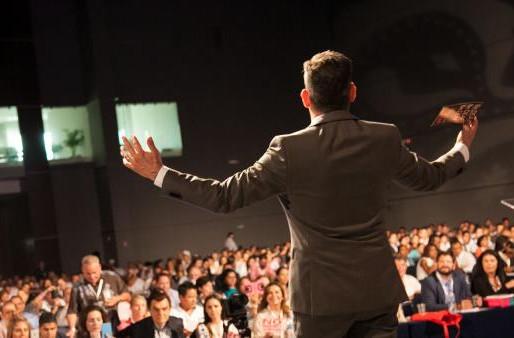 8 СПОСОБОВ РАБОТЫ СО СЛОЖНЫМИ И КАВЕРЗНЫМИ ВОПРОСАМИ ВО ВРЕМЯ ПУБЛИЧНОГО ВЫСТУПЛЕНИЯ