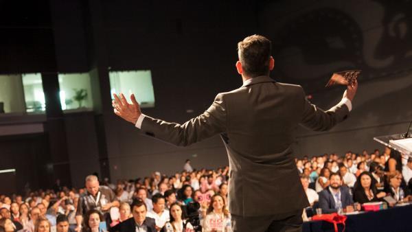 8 СПОСОБ РАБОТЫ СО СЛОЖНЫМИ И КАВЕРЗНЫМИ ВОПРОСАМИ ВО ВРЕМЯ ПУБЛИЧНОГО ВЫСТУПЛЕНИЯ