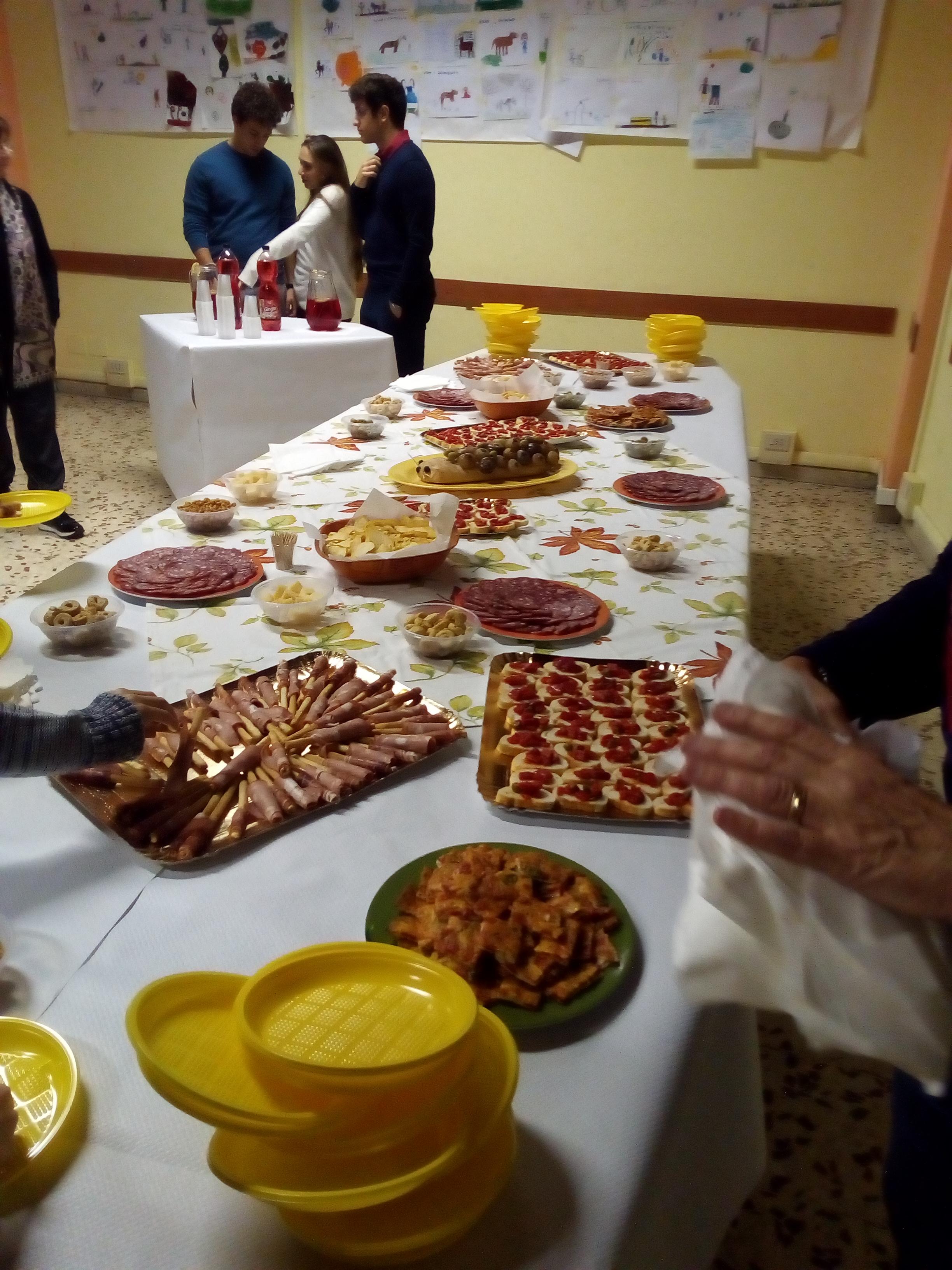 2017 11 foto cena fondi sacchi a pelo (3