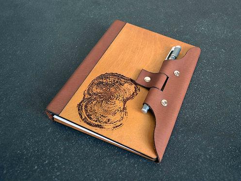 Ежедневник из дерева и кожи с вашим дизайном