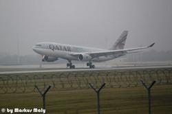 Qatar LDG EDDM RWY 26L #MUC #A330
