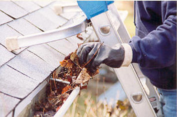 Cleanin gutters in Faith, NC