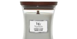 Candela Woodwick Small LAVENDER AND CEDAR