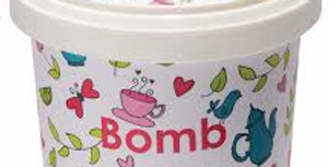 Bomb Cosmetics Oil Scrub Cranberry & Lime 365ml