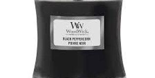 Candela Woodwick Medium BLACK PEPPERCORN