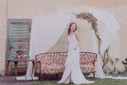 Leon Chiffon Wedding Dress I Boho Chic Europe