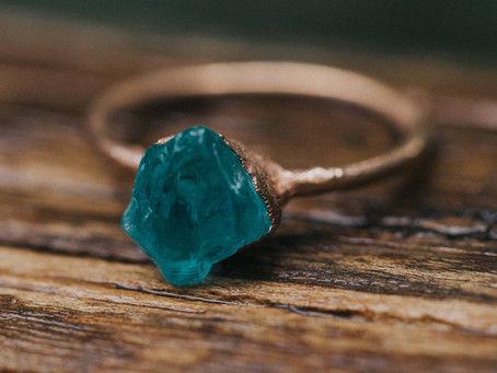 10 Boho Inexpensive Engagement Rings for Alternative Brides-To-Be