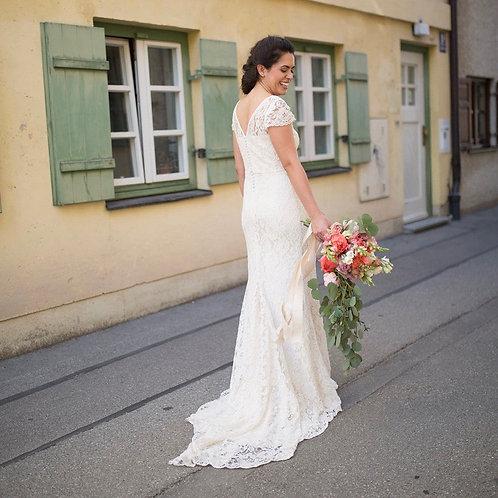 Kos Silk Based Wedding Dress I Boho Chic Alternative Europe