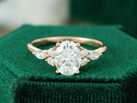 10 Inexpensive Engagement Rings under $1000 for the Non-Mainstream Bride-To-Be