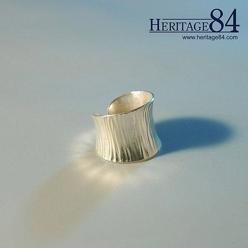 Ripple - Thai handmade silver ring - open 2cm long open ring