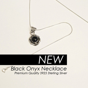 Onyx necklace in 925 sterling silver