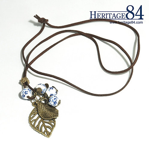 Oriental Charm necklace - Feature copper leafs
