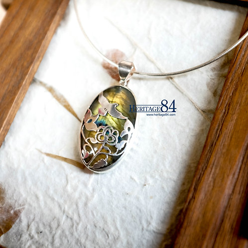 Vintage jewelry necklace, Labradorite pendant, birds pendant necklace