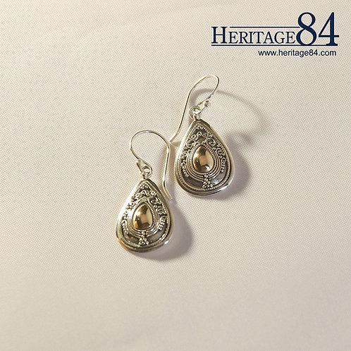 Teardrop earrings in sterling silver - gold plated