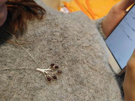 Red garnet pendant / necklace