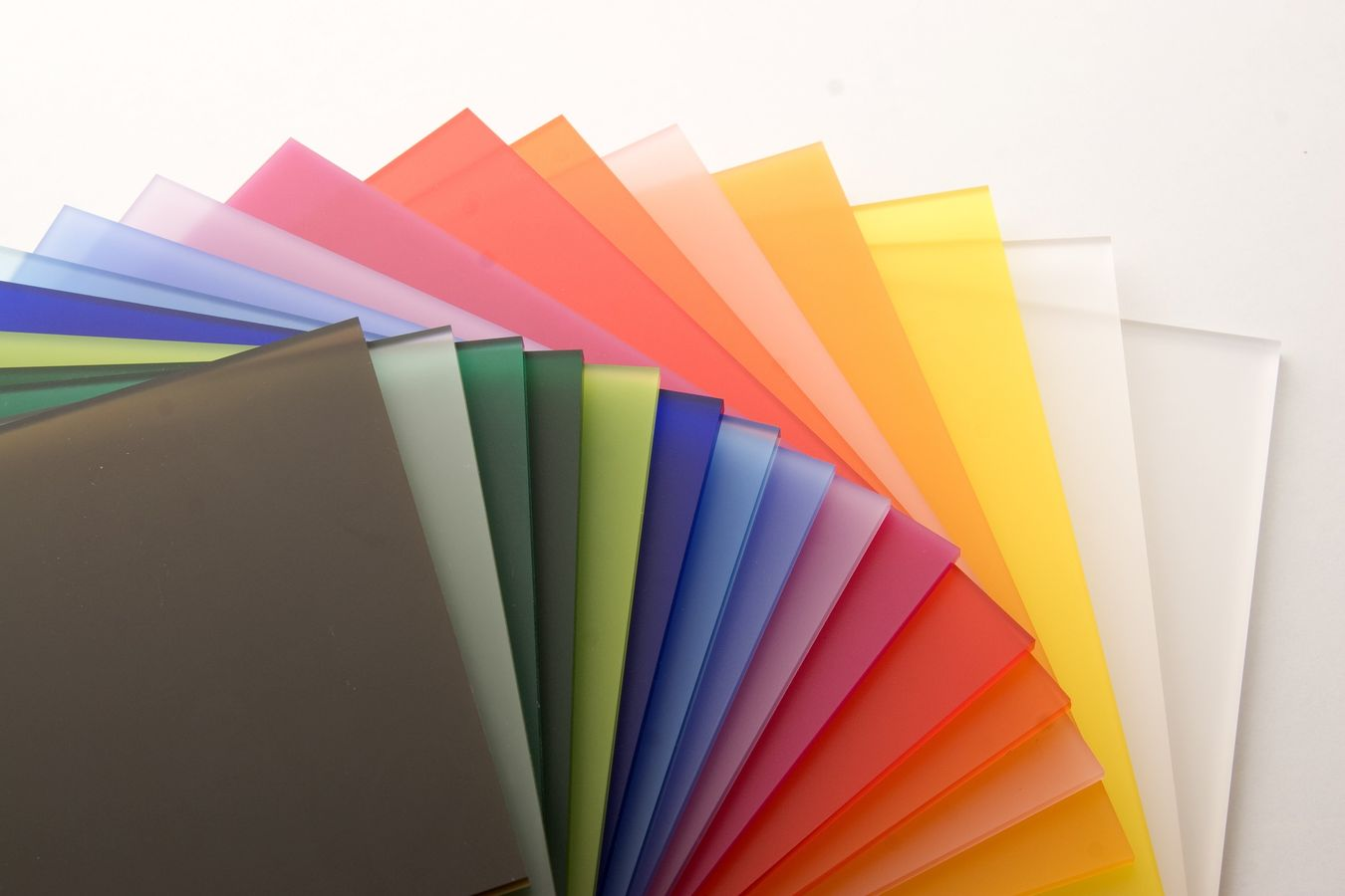 Color-and-Clear-Extruded-Acrylic-Sheet1