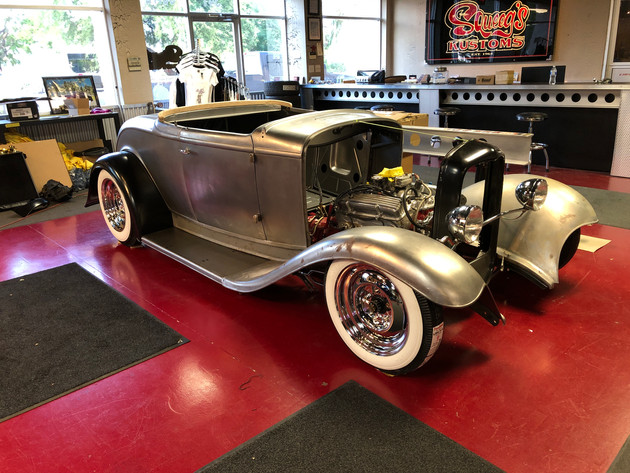 Squeeg Jerger's '32 Ford Roadster (20).J