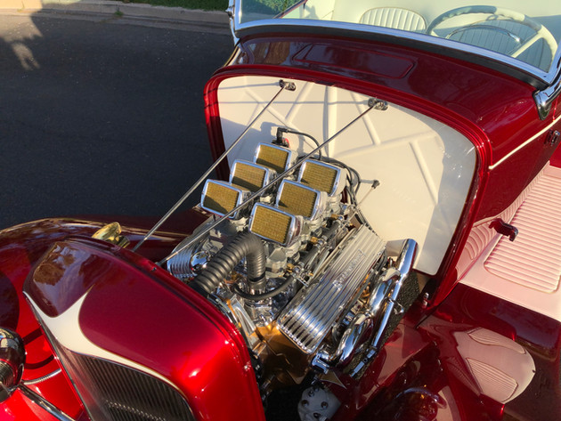 Squeeg Jerger's '32 Ford Roadster (12).J