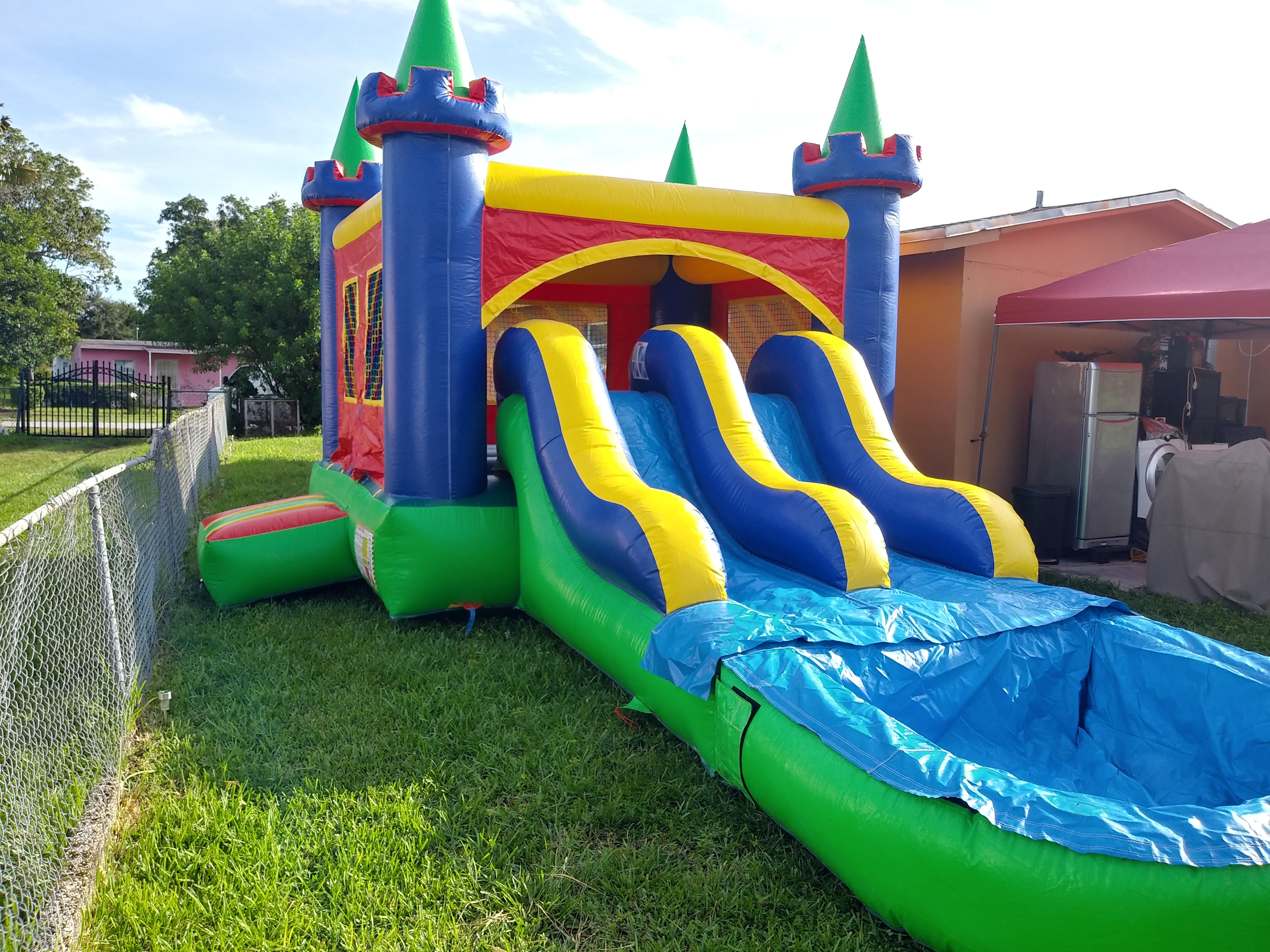 Combo Castle 2 14x28 $230