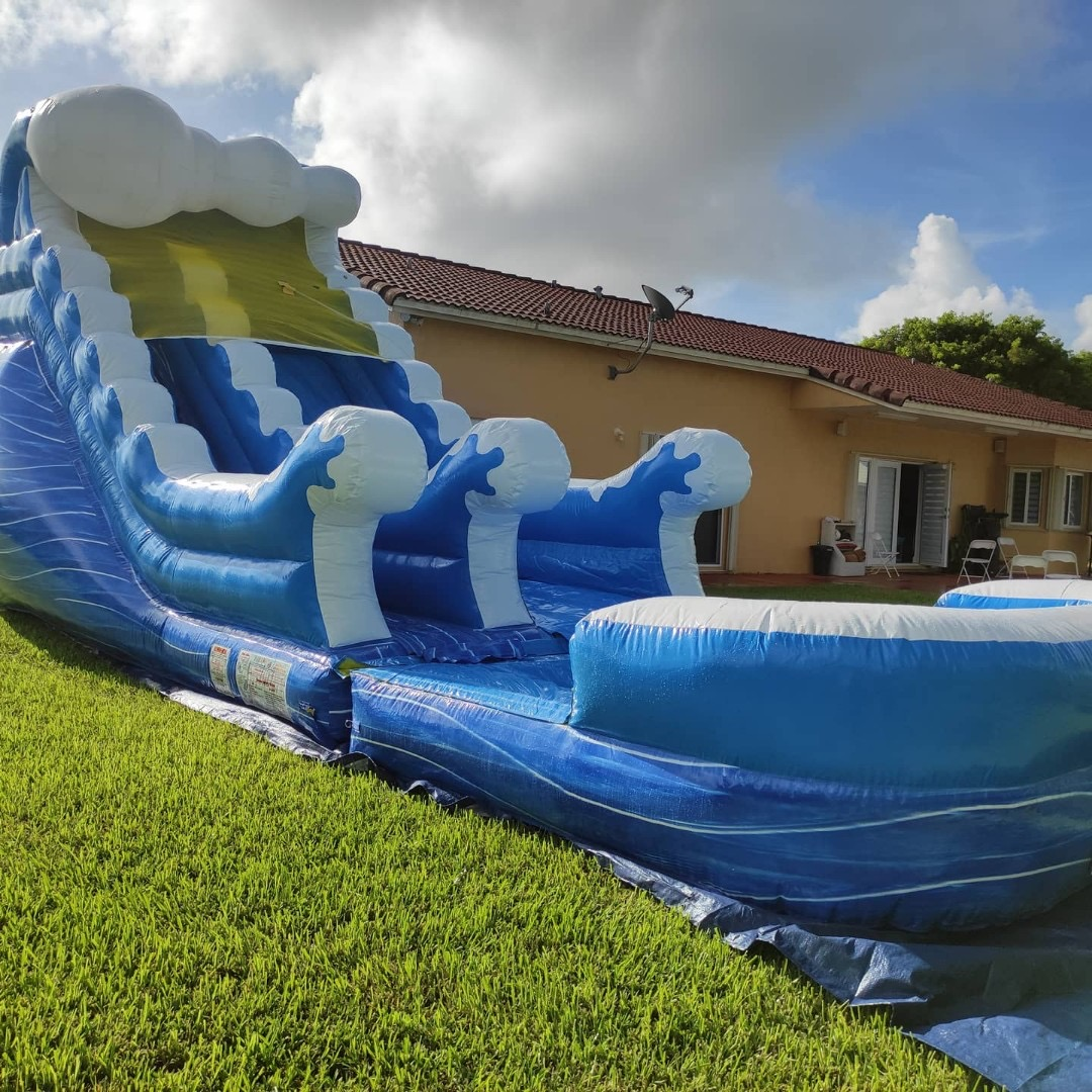 Wave Water Slide 15x30 $200