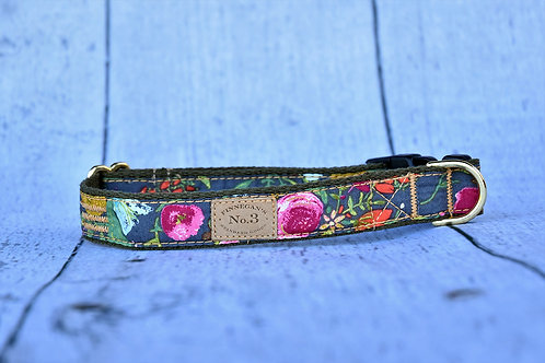 Night Fall Bouquet Collar
