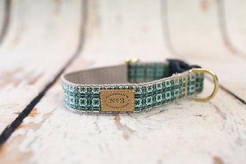 Aqua Tie Collar