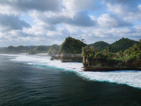 Pantai Batu Bengkung, West Java, Indonesia