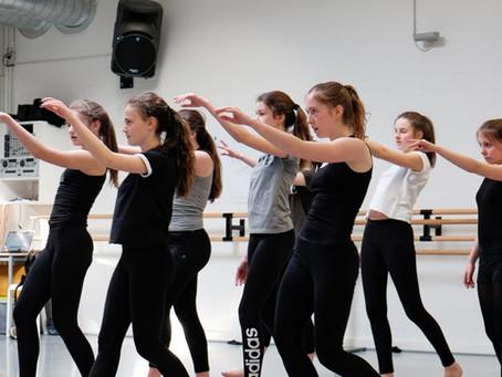 …. Nieuwe choreografieeën met Noor en Nishant (Fontys Dansacademie Tilburg-NL) .. New choreogr