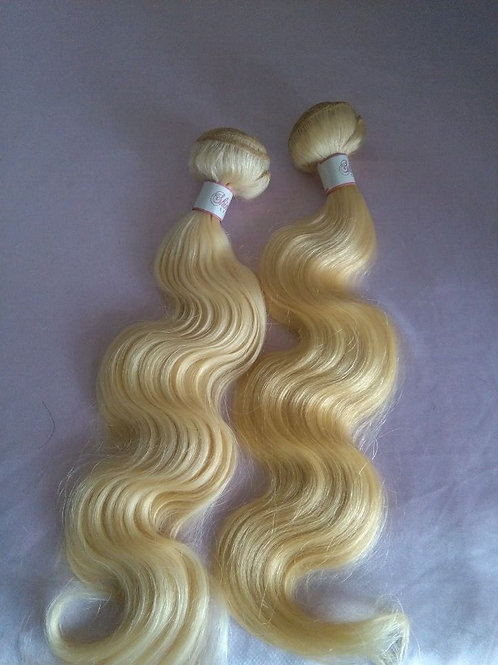 Four 30'' Blonde(613) Bundles