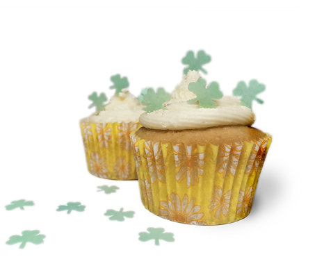 50 Pre Cut Mini Green Shamrock St Patrick's Day Edible Wafer Paper