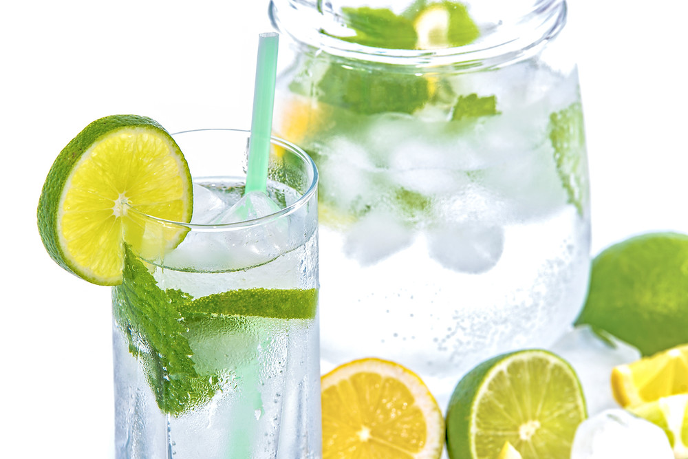 water with lemon, lime and fresh mint