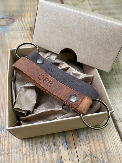 Set of 2 Leather Keychains in Kraft Box