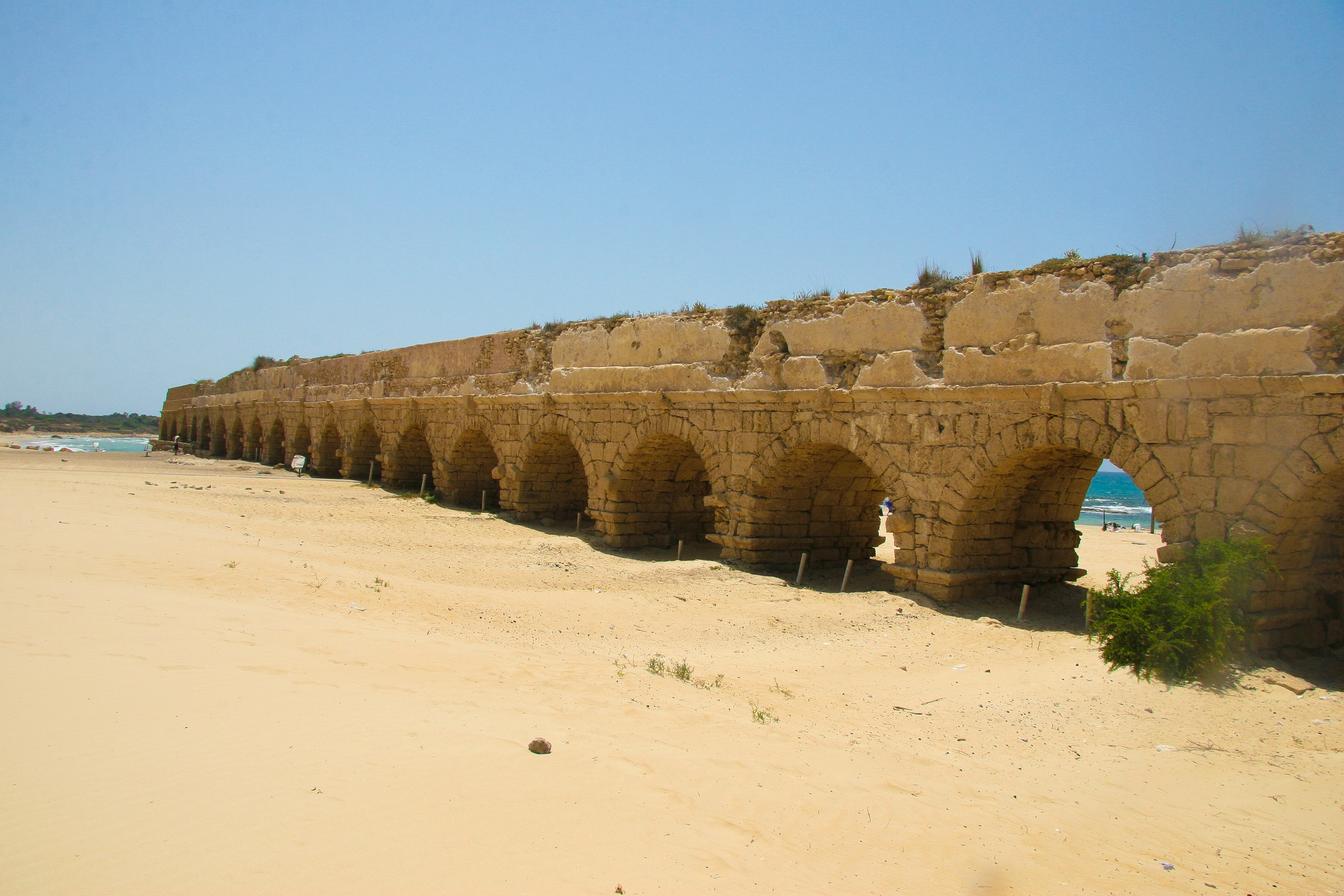 Aqueduc Césarée Maritime