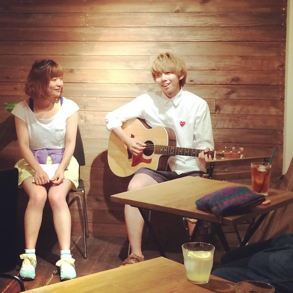 Mini Acoustic Live