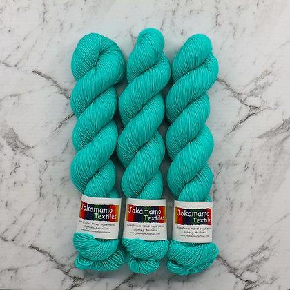 Aqua Vitae Merino Nylon sock yarn