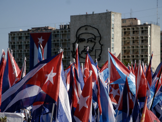 Intercambio con Cuba para levantar  la mira política