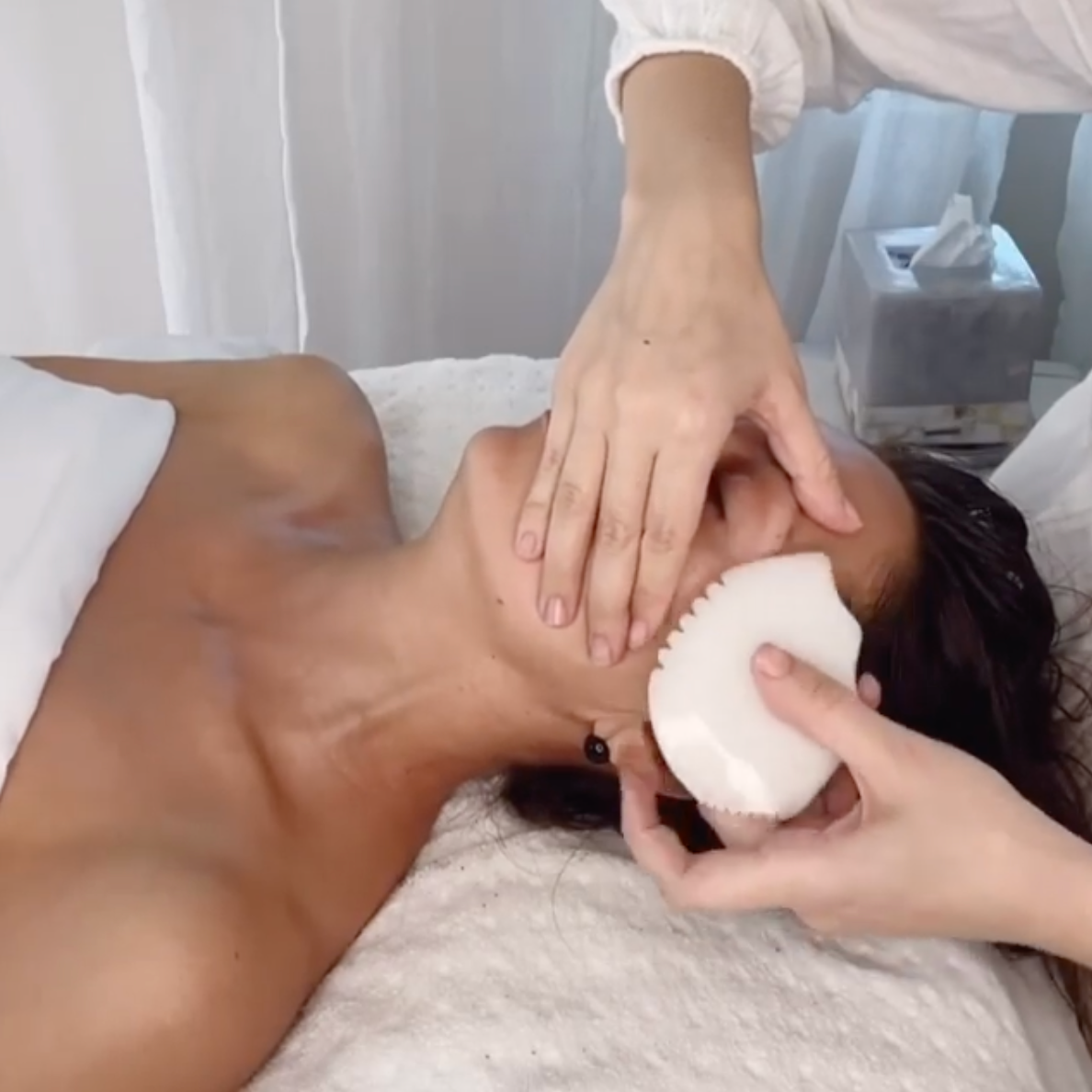 Holistic Facial with Gua Sha and Cupping
