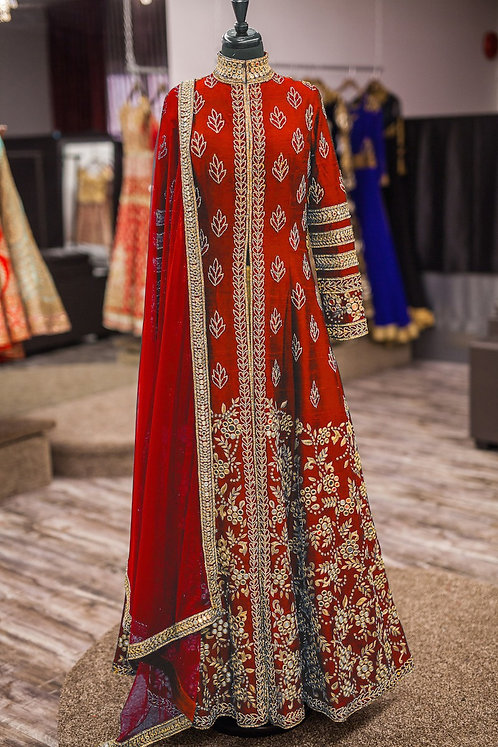 Red Gown Kurti (Gold Zari Work ) with Red Duppata. (Semi Stitched)