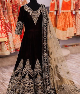 Semi Stiched Black Gown Kurti (Gold Zari Work) with Net Dupatta.