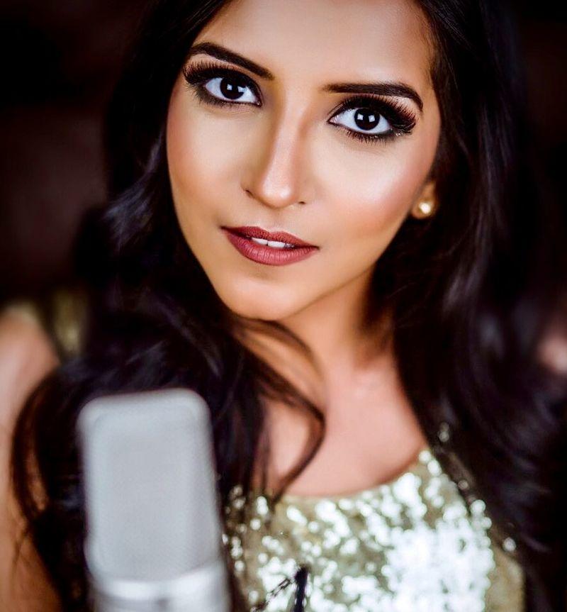 Sangeetha_Rajeev_Studio_shot