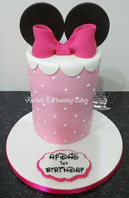 minnie mouse cake by rachels enchanting cakes
