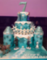 frozen 2 castle cake