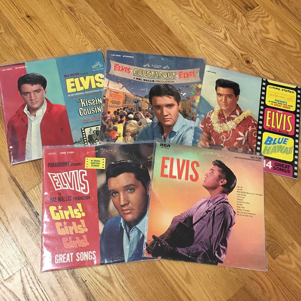 Vinyl record covers of Elvis