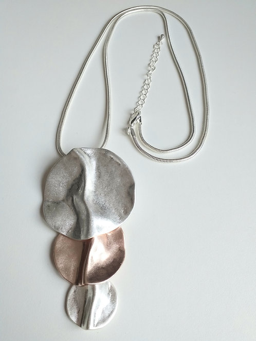 Silver Rose Circled long necklace