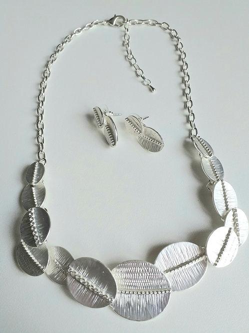 Oval Diamonte Necklace & Earrings Set Silver