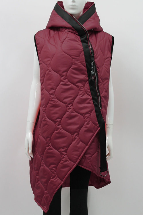 Asymetric quilted gilet fits UK sizes 14-20