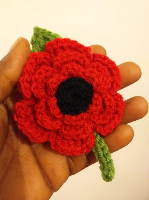 Red Handmade floral brooch II poppy