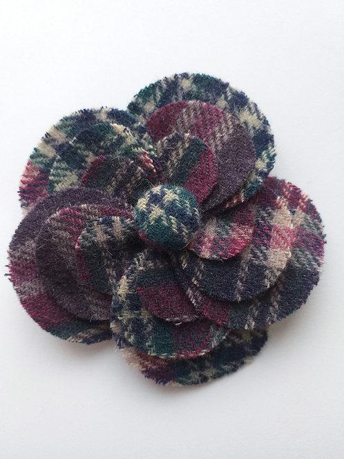 Ness bonny tweed brooch/hairclip